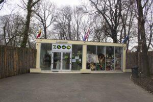 Ingang Oradea Zoo Roemenie
