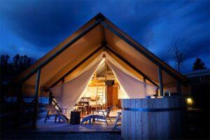 Glamping tent met hottub Garden Village Slovenie