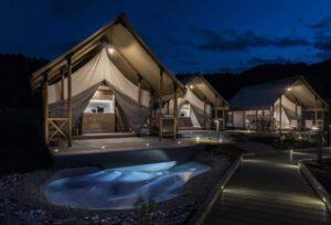 Olimia village glamping tent eigen zwembad