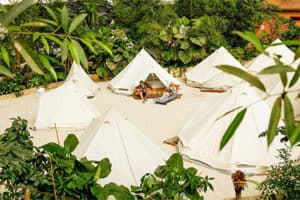 Tropical Islands Krausnick Berlijn aanbieding in tent