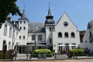 Slapen in een kasteel hotel - Kasteel Doenrade