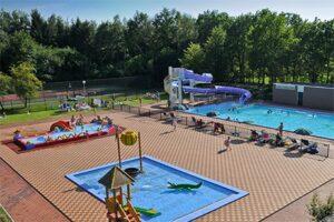 Buitenzwembad Fletcher Hotel Hunzebergen - Hotel met Buitenzwembad