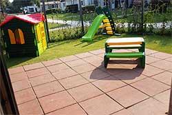 Babybungalow - Vakantiepark Boshoek Voorthuizen - Tuin (eigen foto)