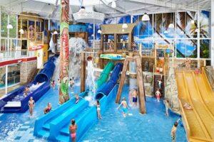 Camping met binnenzwembad - Kinderglijbanen - Camping Duinrell in Wassenaar