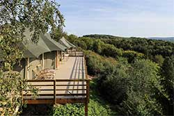 Glamping Ardennen - Glamping Adventure Valley Durbuy - Shaka Deluxe tent met uitzicht