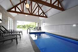 Huisje met binnenzwembad - 8-persoonsvilla aan zee in Julianadorp