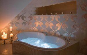 Hotelkamer met bubbelbad - Van der Valk hotel Assen