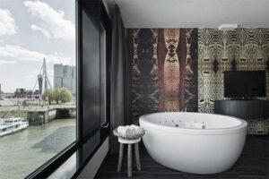 Spa Waterfront kamer met bubbelbad - Mainport hotel Rotterdam