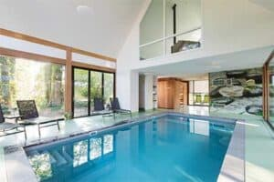 Binnenzwembad - B&B Erve Groothuys in Deurningen