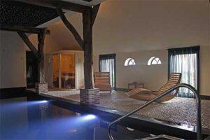 Binnenzwembad - B&B Lhee-Gaarde in Dwingeloo