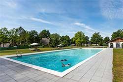 Buitenzwembad Hof van Salland - Vakantiepark met buitenzwembad