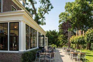 Terras Fletcher Landgoed Hotel Holthurnsche Hof - Nummer 1 beste Fletcher hotel van Nederland