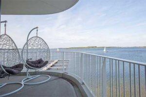 Terras Hotelkamer Fletcher Hotel-Restaurant het Veerse Meer - Nummer 2 Beste Fletcher Hotels van Nederland
