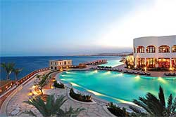 Zwembad van Duikresort Reef Oasis Blue Bay Resort & Spa- Hotel met Huisrif en duikschool in Egypte