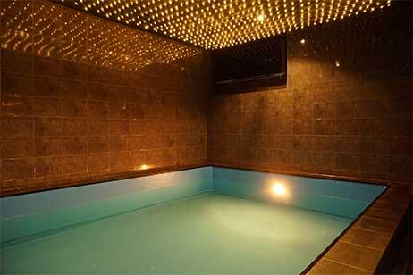 Privé sauna met zwembad - privé zwembad van tropicana privé spa