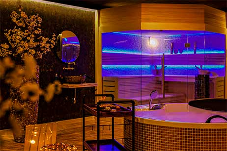 Privé sauna met zwembad - sauna van spa 040