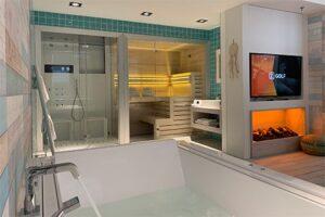 Wellness Suite Van der Valk Hotel Houten - Ibiza Suite - Bubbelbad Sauna Stoomdouche