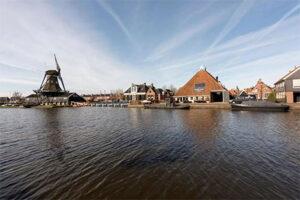 Hotel Omke Jan - Hotel met sloep aanlegplaats Friesland