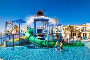 Kindvriendelijk hotel op Menorca - Globales Binimar Waterspeeltuin