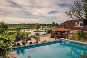 Guesthouse Ensenada - Boutique Hotel in Zeeland met zwembad