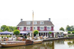 Hotel Schippershuis TerHerne - Hotel aan het water in Friesland